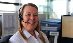 lemo uk customer service woman